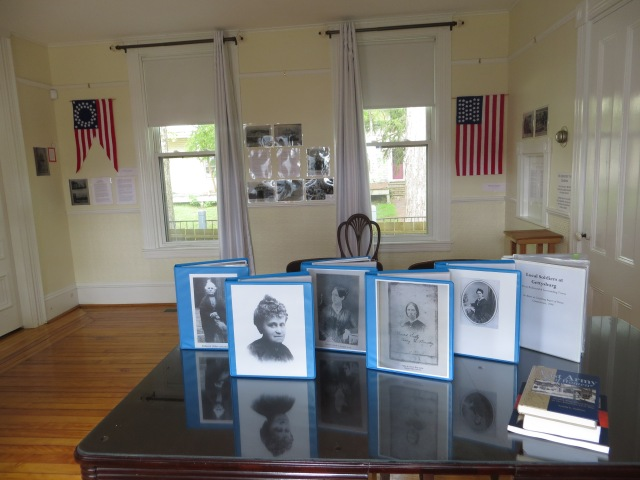 May 29, 2016 Five C.War nurses from Maine for Mem. Day exhibit 001